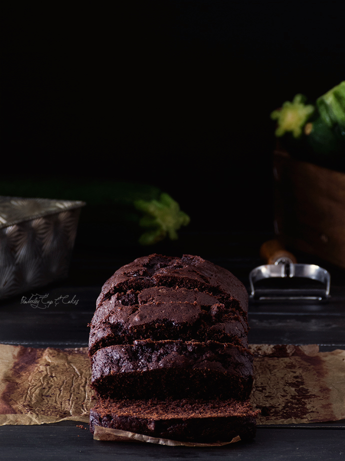 Double Chocolate Zucchini Bread (Bizcocho de chocolate y calabacín)